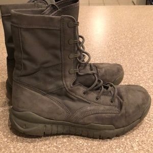 Nike SFB Field boot-Sage Green